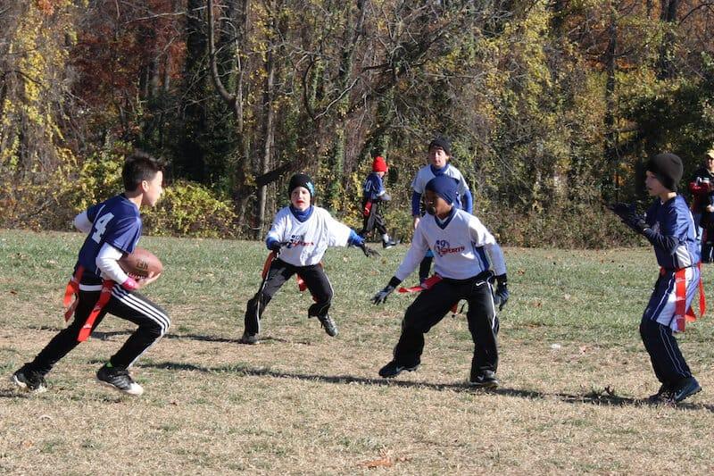 flag-football-defense-1